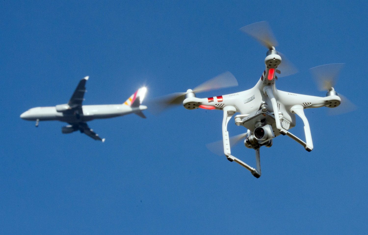 Flights grounded at Germany's Frankfurt airport post the sighting of Drone